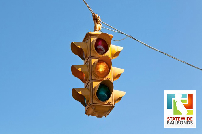 California Yellow Traffic Light Laws